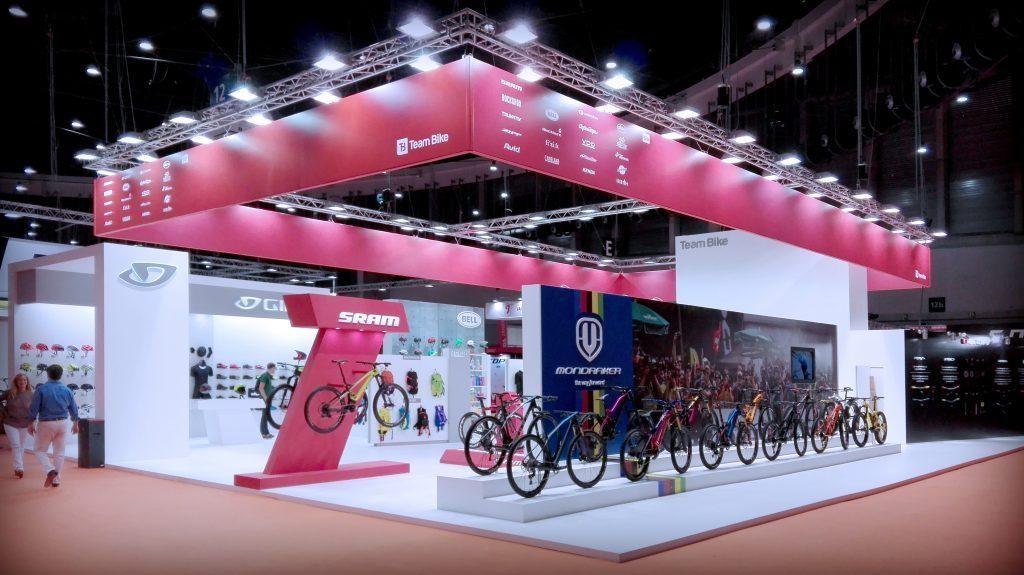 grupoalc_stand_unibike_team_bike