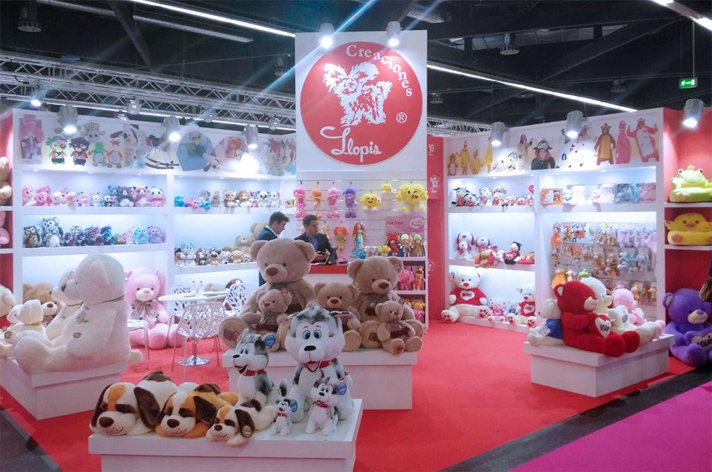 grupoalc-stand-spielwarenmesse-2017-creaciones-llopis