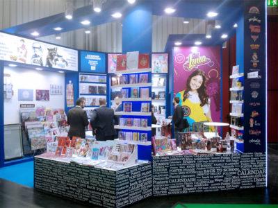 grupoalc-stand-spielwarenmesse-2017-erik-editores