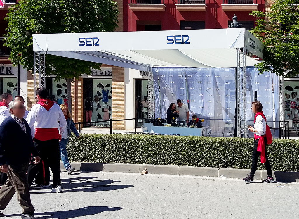 grupoalc-stand-fiestas-2017-cadena-ser