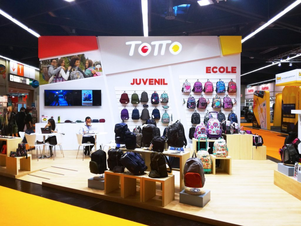 grupoalc_stand_insights-x_2017_totto_1