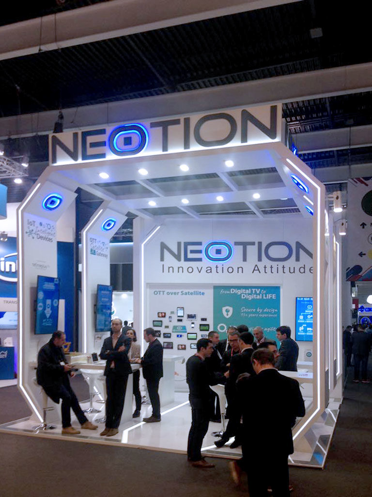 grupoalc-stand-mwc-2018-neotion